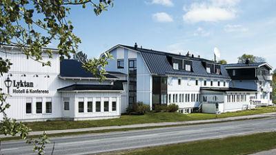 Utsidan av Hotell Lyktan i Arjeplog
